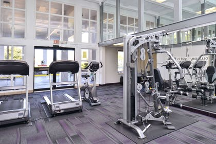 Fitness center | Clarion Inn & Suites Across From Universal Orlando Resort