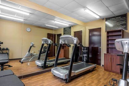 Exercise room | Comfort Suites Columbus State University Area