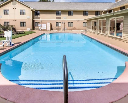 Outdoor pool | Comfort Inn & Suites near Robins Air Force Base