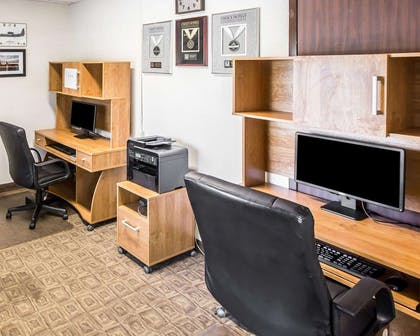 Business center with high-speed Internet access | Comfort Inn & Suites near Robins Air Force Base