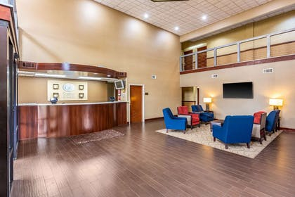 Hotel lobby   Comfort Suites near Robins Air Force Base
