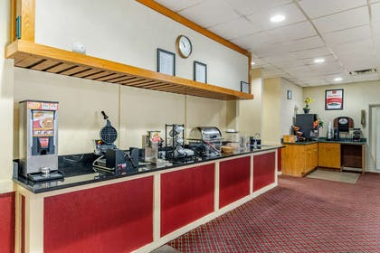 Breakfast counter | Econo Lodge
