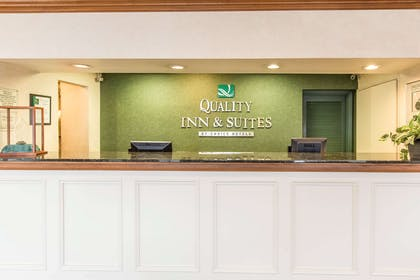 Front desk | Quality Inn & Suites Conference Center