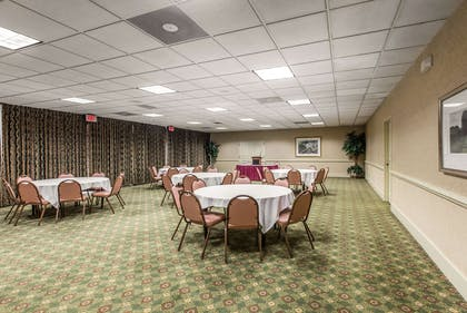 Event space | Quality Inn & Suites Conference Center