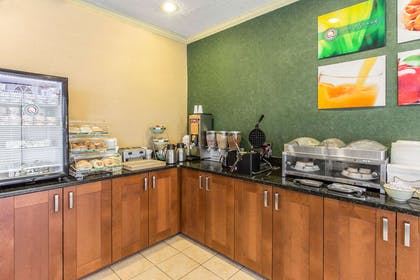 Breakfast area | Quality Inn & Suites Conference Center