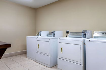 Guest laundry facilities | Comfort Suites Gateway
