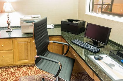 Business center with high-speed Internet access | Comfort Suites Milledgeville