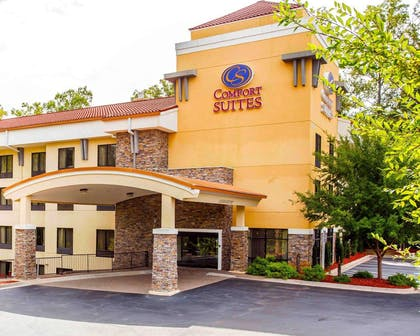 Hotel exterior | Comfort Suites At Kennesaw State University