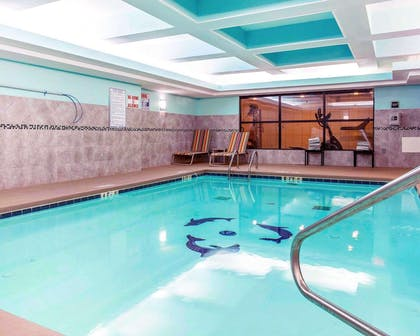 Pool lounge area | Comfort Suites At Kennesaw State University