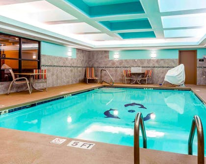Indoor pool | Comfort Suites At Kennesaw State University