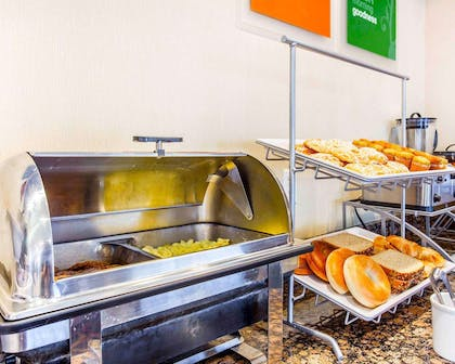 Hot and cold breakfast buffet | Comfort Suites At Kennesaw State University