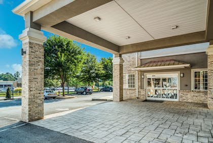 Hotel exterior | Sleep Inn and Suites at Kennesaw State University