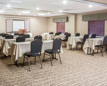 Meeting room with classroom-style setup | Comfort Suites Atlanta Airport