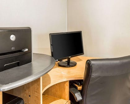 Business services available | Quality Inn And Suites