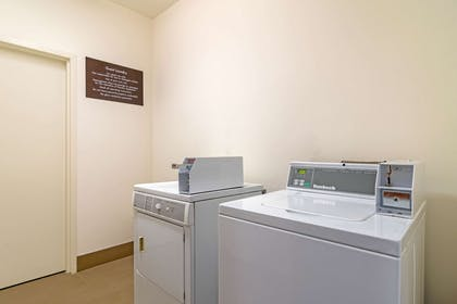 Guest laundry facilities   Comfort Suites Byron Warner Robins