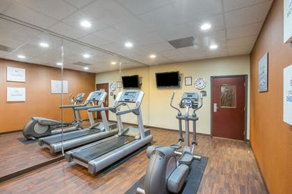 Fitness center | Comfort Suites Locust Grove Atlanta South