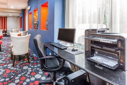 Business center | Comfort Suites Locust Grove Atlanta South