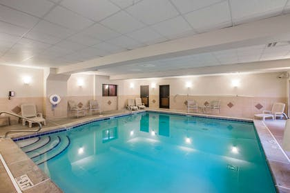 Indoor pool | Comfort Suites Locust Grove Atlanta South