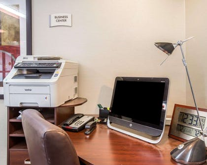 Business center | Quality Inn & Suites