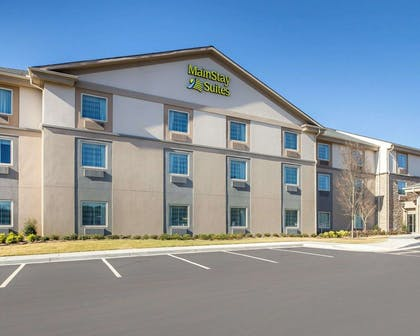 Hotel exterior   MainStay Suites Cartersville - Emerson Lake Point