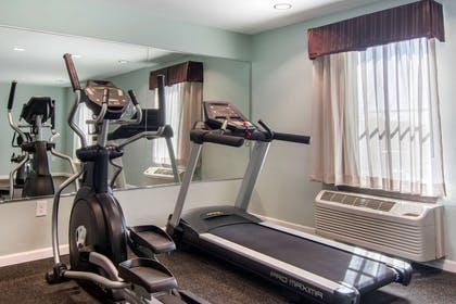 Exercise room with cardio equipment | Clarion Inn & Suites Atlanta Downtown
