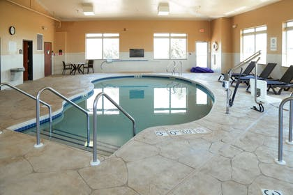 Indoor pool with hot tub | Comfort Inn And Suites