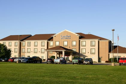 Hotel exterior | Comfort Inn And Suites