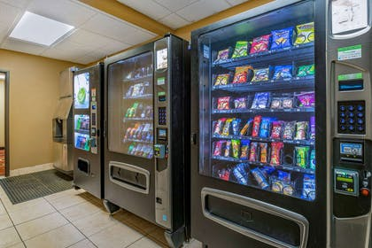 Hotel vending area | Econo Lodge Inn & Suites Fairgrounds