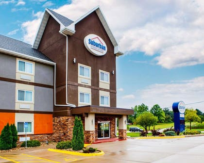 Hotel entrance | Suburban Extended Stay Hotel C
