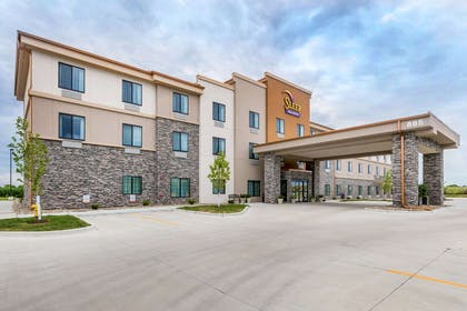 Hotel exterior | Sleep Inn & Suites West Des Moines near Jordan Creek