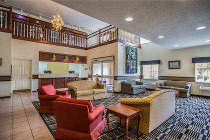 Spacious lobby with sitting area | Quality Inn & Suites