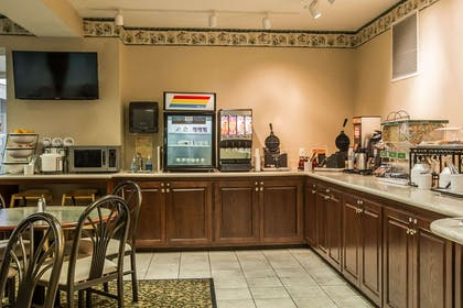 Assorted breakfast items | Quality Inn & Suites