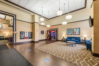Lobby | Comfort Suites Schiller Park - Chicago O'Hare Airport