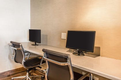 Business center | Comfort Inn Romeoville - Bolingbrook