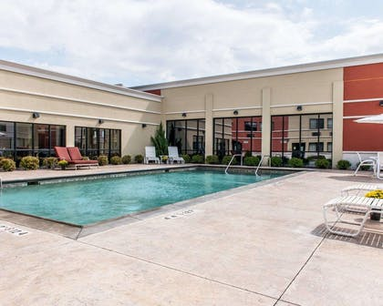 Relax on the sundeck | Quality Inn & Suites