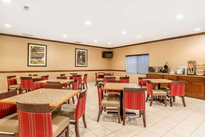 Breakfast area | Comfort Inn & Suites Quad Cities - East Moline