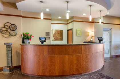 Front desk with friendly staff   Comfort Suites Urbana Champaign, University Area