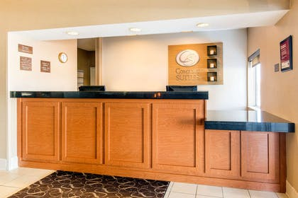 Front desk | Comfort Suites Normal University area