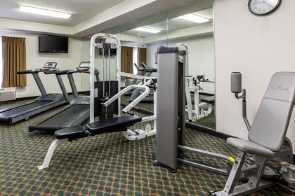 Fitness center | Comfort Inn Collinsville