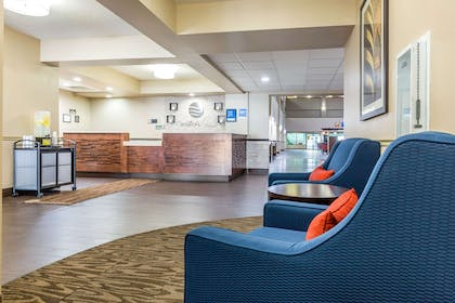 Spacious lobby with sitting area | Comfort Inn Collinsville