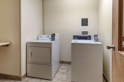 Guest laundry facilities | Comfort Inn Arlington Heights Chicago O'Hare Airport