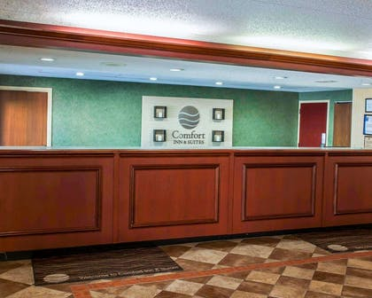 Front desk with friendly staff | Comfort Inn & Suites North at the Pyramids