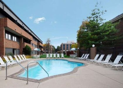 Outdoor pool with sundeck | Comfort Inn & Suites North at the Pyramids
