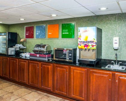 Breakfast counter | Comfort Inn & Suites North at the Pyramids