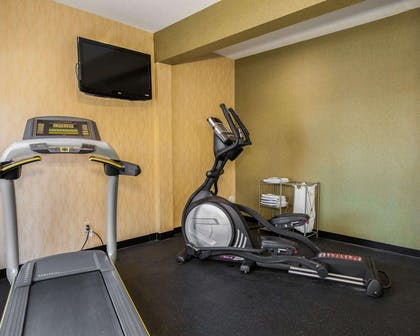 Fitness center with television | Quality Inn Franklin I-65