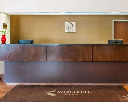 Front desk | Sleep Inn