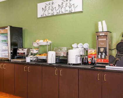 Breakfast counter | Sleep Inn