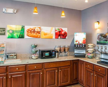 Breakfast counter | Quality Inn & Suites South Bend