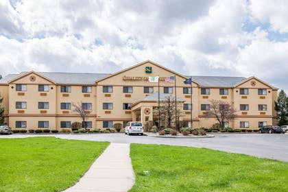 Hotel exterior | Quality Inn & Suites South Bend