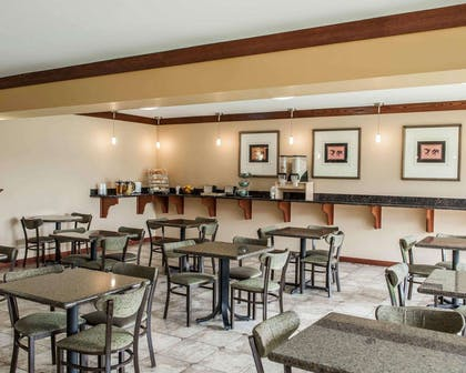 Spacious breakfast area | Quality Inn & Suites Greenfield I-70